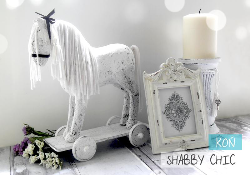 postarzany gipsowy koń w stylu shabby chic