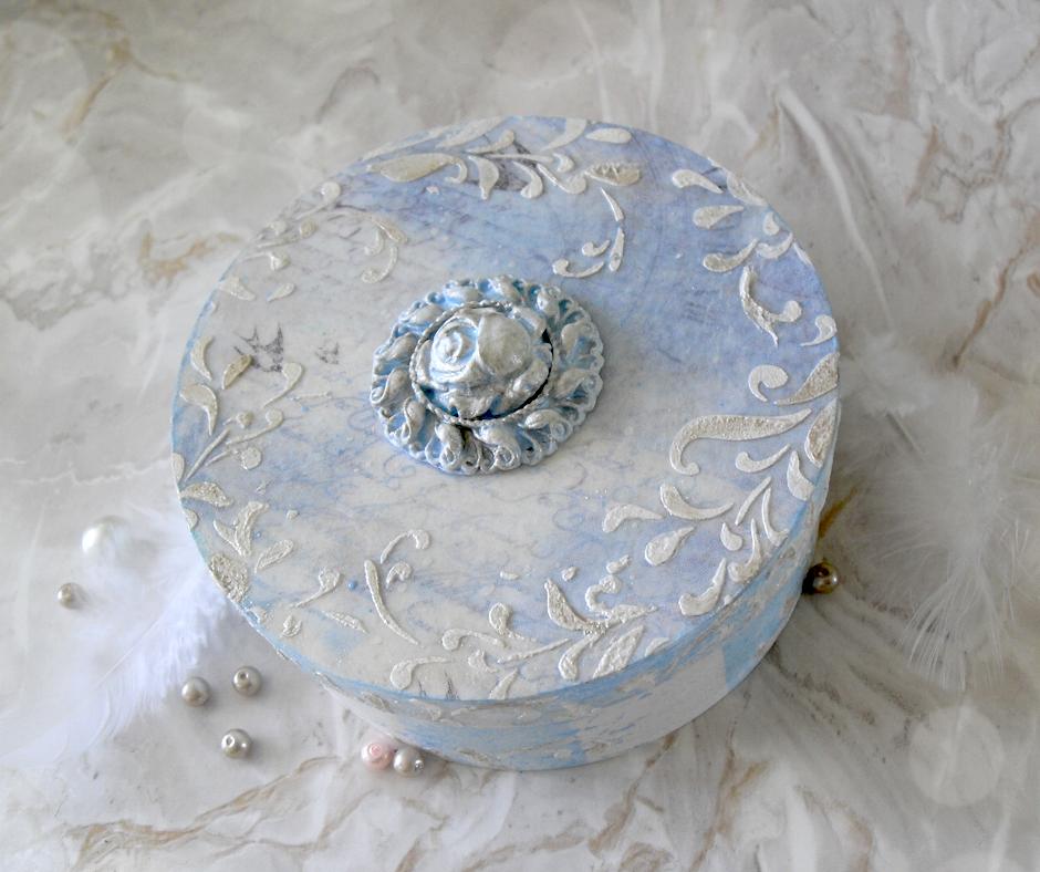 błękitne pudełko szkatułka ślubna decoupage diy